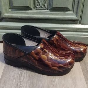 Dansko Pro Brown Tiger Eye Brown Leather Clog 12